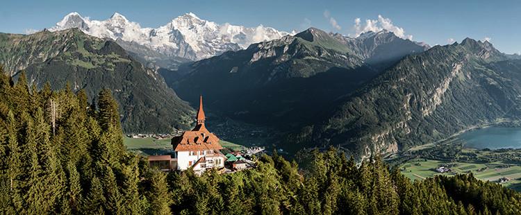 7 انشطة سياحية يمكن القيام بها في جبل هاردر كولم في انترلاكن سويسرا